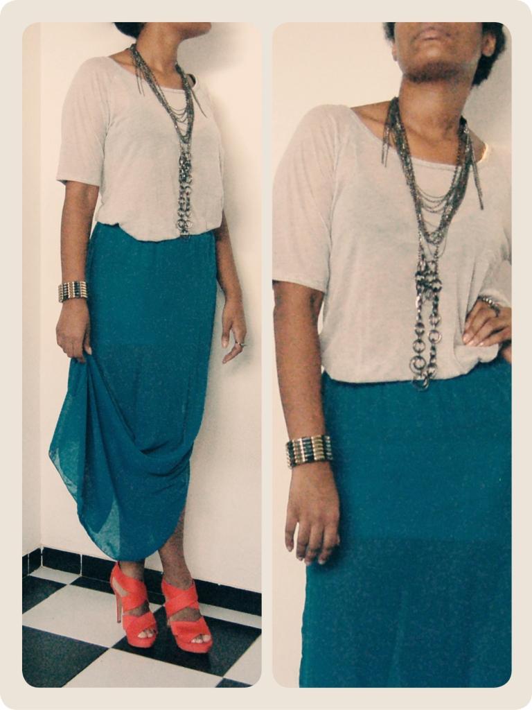 T-shirt, Zara; Skirt, Renner; Bracelet, ring and necklaces, archive, Shoes, Zara || Camiseta, Zara; Saia, Renner; Bracelete, anel e colar, arquivo, Sapato, Zara