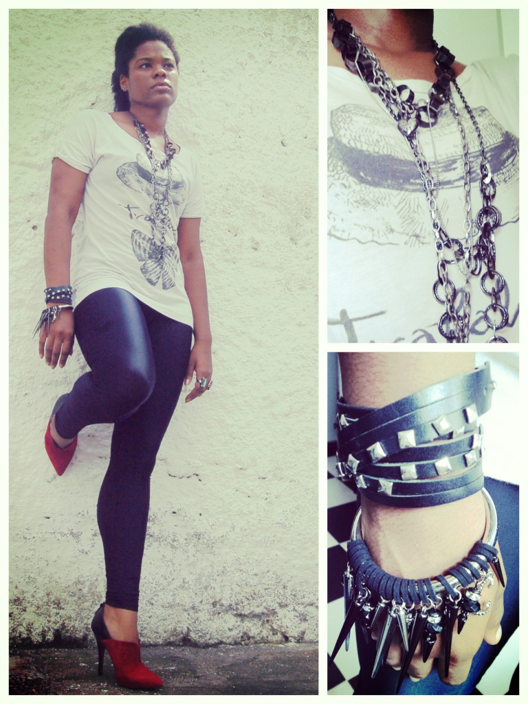 Leggings, Bershka; T-shirt and Boots, Zara; Bracelets, Marisa and Lipsy; Necklaces, archive || Leggings, Bershka; Camiseta e Bota, Zara; Braceletes, Marisa e Lipsy; Colares, arquivo