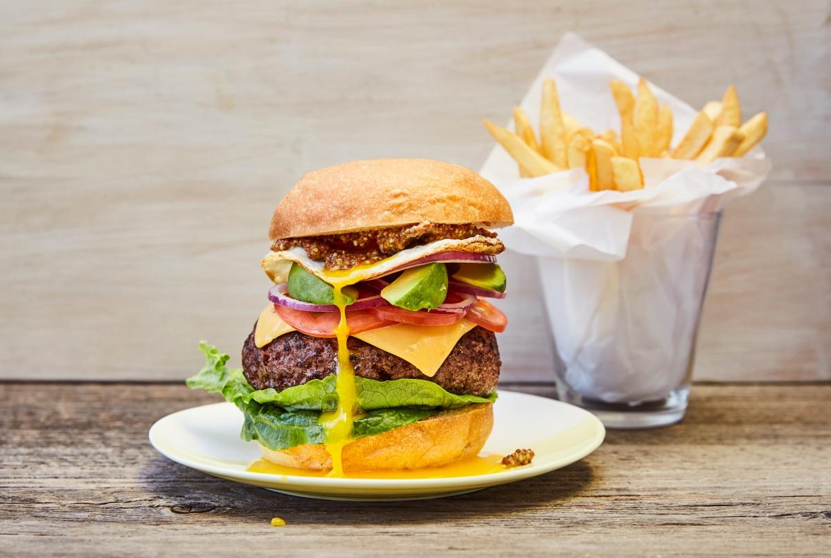 180303_gb_day 2_burger_steph valeria_062